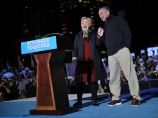 Hillary Clinton, Tim Kaine Swing Through Pennsylvania on Joint Tour