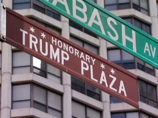 Chicago City Council Committee Votes to Remove Trump Street Sign