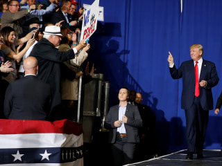 Donald Trump's Presidential Campaign Has a Cash Flow Problem
