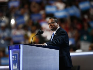 Rep. Keith Ellison Enters Race for DNC Chair With Strong Support
