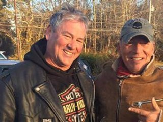 Bikers Rescue Bruce Springsteen After His Motorcycle Breaks Down