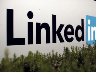 LinkedIn Is Blacklisted by Russia: Are Google, Facebook, Twitter Next?