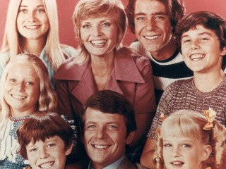 'Brady Bunch' Stars React to Death of TV Mom Florence Henderson