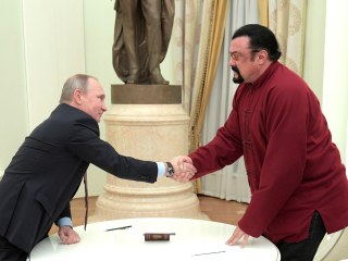 Putin Presents Russian Passport to 'Honored' Actor Steven Seagal