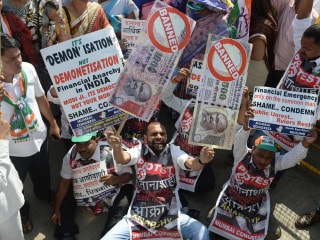 Thousands Protest Across India Against Currency Policy
