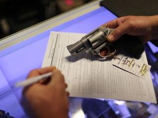 FBI Says Black Friday Set New Gun Background Check Record