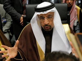Saudis Say to Take 'Big Hit' on Oil Output for OPEC Deal, Iran Can Freeze