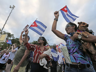 Hundreds Rally in Miami for Democracy in Cuba Following Castro's Death