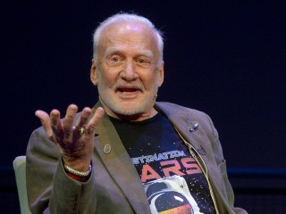 Astronaut Buzz Aldrin Medically Evacuated From South Pole