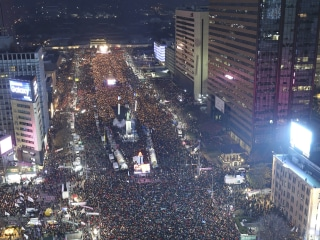 South Koreans Protesting President Park Geun-hye Fill Streets Again in Anger