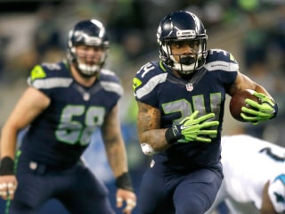 Seahawks Run Wild in Win Over Panthers on Sunday Night Football