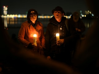 Oakland Mayor Shouted Down at Vigil for Warehouse Fire Victims