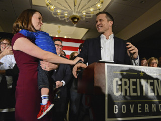 Missouri Governor-elect Eric Greitens' Wife Sheena 'Robbed at Gunpoint'