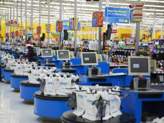 It's Not Just the Assembly Lines — Robots Could Wipe Out 40 Percent of Retail Jobs