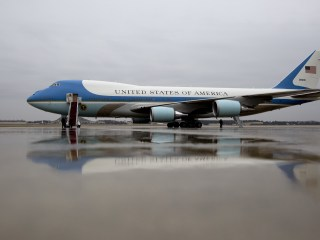Trump Threatens to Cancel Air Force One Order, Boeing Stock Slips