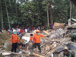 Indonesia Earthquake: Hunt for Survivors After At Least 50 Killed in Aceh
