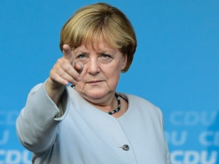 'Angela You Are Needed in Europe': Can Merkel Survive Populist Political Tide?