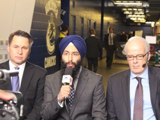 First Sikh to Broadcast Hockey in English Found Success After Sacrifice
