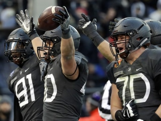 Army Ends 15-Year, 14-game Losing Streak to Navy in Thriller