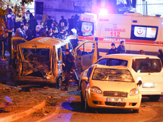 15 Killed, Dozens Hurt in Twin Bombings in Istanbul, Official Says