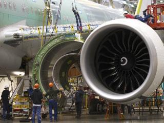 Boeing, Iran Air Clinch $16 Billion Deal for 80 Planes