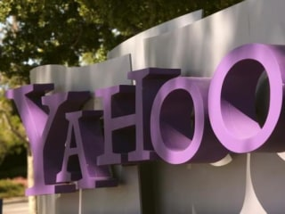 Yahoo, AOL Joining Forces Under a New Company Called Oath