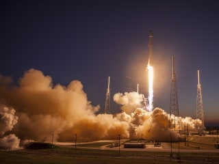SpaceX Will Have to Wait a Little Longer For Its Return to Flight