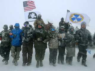 Pipeline Spills 176,000 Gallons of Oil Into Creek 150 Miles From Dakota Access Protests