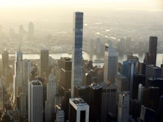 Manhattan Apartment Sales Prices Top $2 Million for First Time: Survey