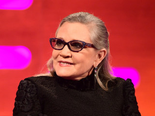 Stars Rally Behind Carrie Fisher After Heart Attack