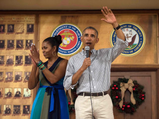 Obama Thanks Troops in Final Christmas Visit to Base