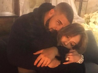 Are Drake and Jennifer Lopez a Couple? This Pic May Be a Clue