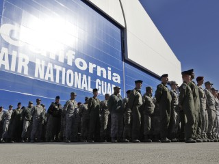 Pentagon to Pay Back Soldiers Whose Reenlistment Bonuses Were Garnished