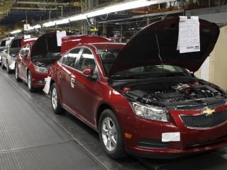 Ford Commits to $700M U.S. Plant as Trump Blasts GM on Mexican-Made Chevy
