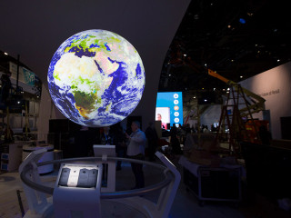 From Black and White TVs to Robots: CES at 50