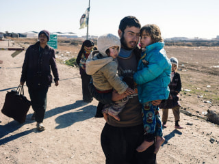 Iraqi Forces Reach Tigris River in Mosul Offensive Against ISIS: Officials