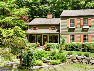 This charming 254-year-old farmhouse is the perfect mix of past and present