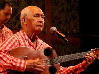 Hawaiian Music Pioneer Eddie Kamae Dies at 89