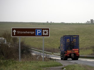 Stonehenge Road Tunnel Planned to Ease Traffic at Ancient England Monument