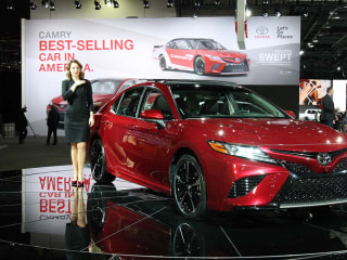 Jaws Drop as Toyota Reveals a Completely Redesigned Camry