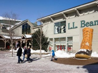 L.L.Bean Embroiled in Spat Over Donation to Trump