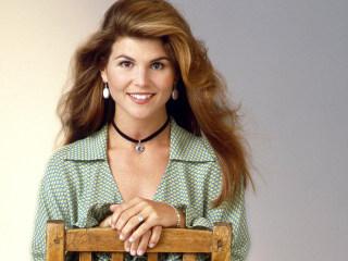Lori Loughlin on her 'Full House' fashion regrets: 'My kids make fun of me'
