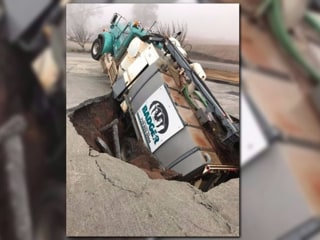 Sinkhole Swallows Excavation Truck in Georgia