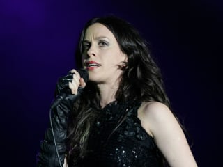 Alanis Morissette Robbed of $2M Worth of Jewelry and Valuables