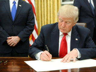 Trump Signs Executive Action on Obamacare on Inauguration Day