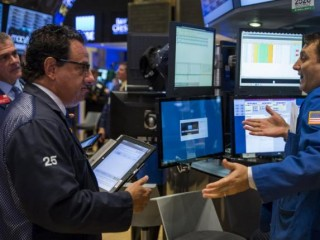 Stocks Hit Three-Week Low as Trump Reality Sets in