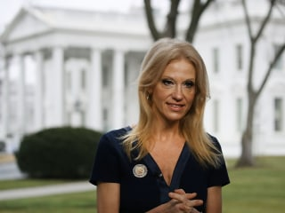 Alternativefacts.com Links to Magazine Story About Gaslighting