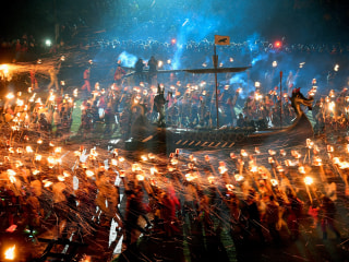 'Up Helly Aa': Vikings Burn Boat at Scottish Festival
