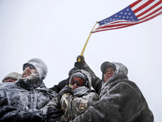Dakota Access Pipeline Fight: Veterans Vow It 'Will Not Get Completed'