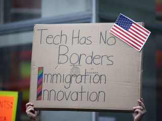 Yahoo Joins List of Tech Firms Challenging Travel Ban